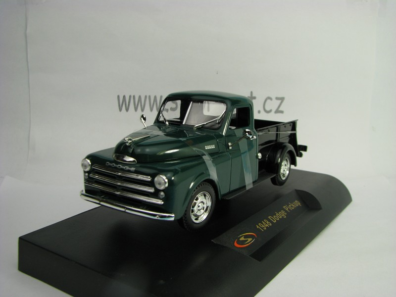 Dodge Pickup 1948 Green Black 1:32 Signature Models